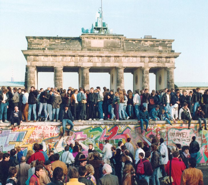 People-East-wall-gathering-West-Berlin-Wall-November-10-1989