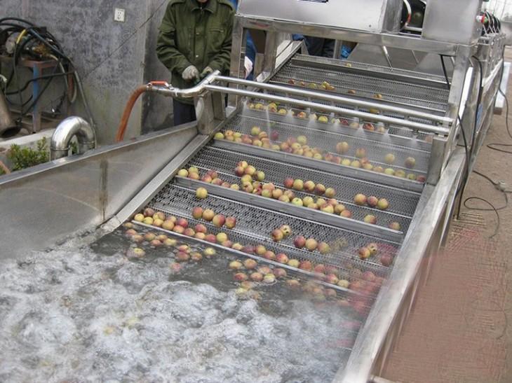 apple-washing